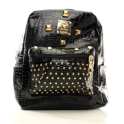 Женский мини рюкзак Аврора черный с заклепками кожзам